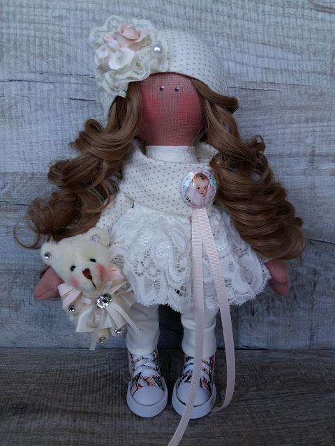 кукла в кедах, кукла с волосами