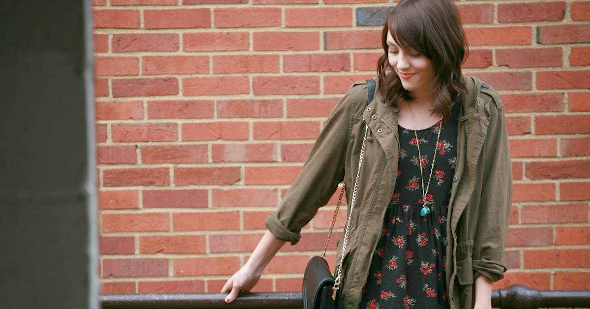 Rags And Roses: Outfit: Black Tights And Life Retrospective