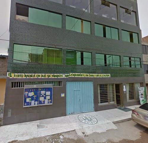 Escuela HIPOLITO UNANUE - Villa el Salvador