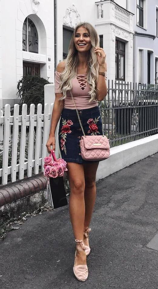 perfect ootd: top + bag + floral skirt