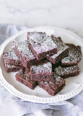 Easy Keto Brownies with Almond Flour Recipe