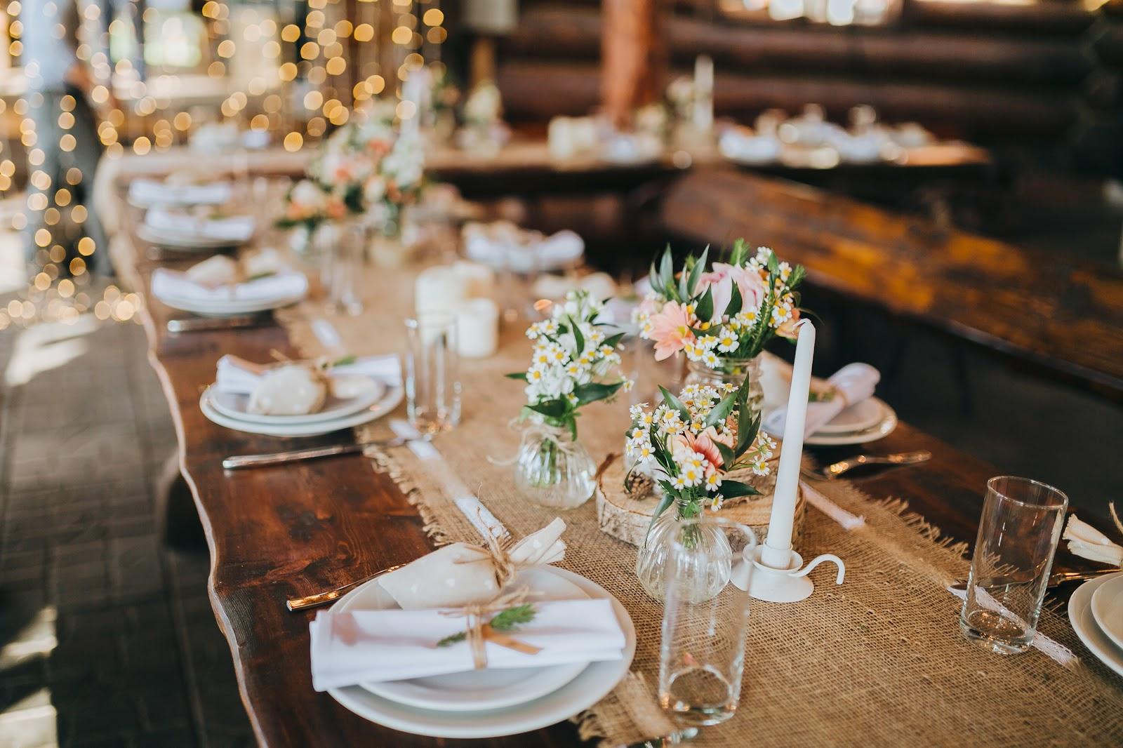 20 Ideas para decorar la mesa de tu boda con estilo rústico