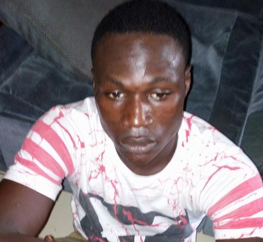Kaduna mob batters notorious kidnapper minutes after police release (graphic)