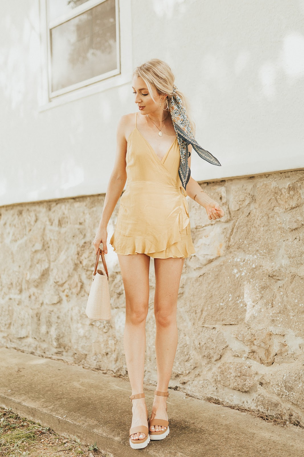 cute summer outfit: romper, hair scarf, platform sandals