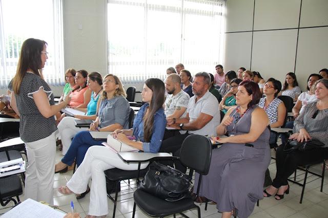Secretaria de Educação apresenta planejamento de trabalho 2017 para parceiros e vereadores em Registro-SP