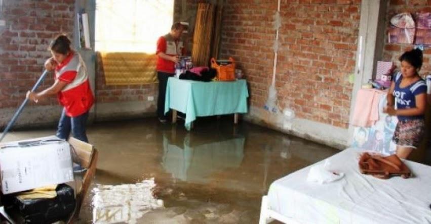 Afectados por lluvias en La Libertad reciben apoyo del PRONABEC - www.pronabec.gob.pe