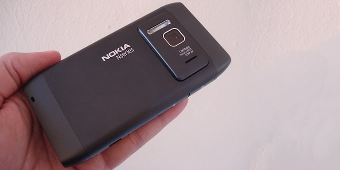 Nokia N8 - Review