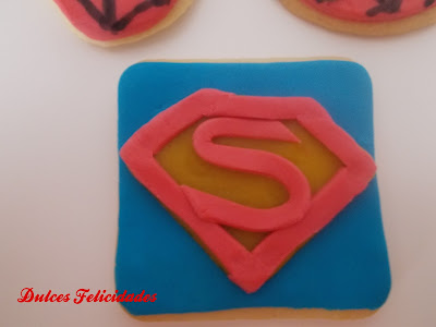 Galletas Superman fondant