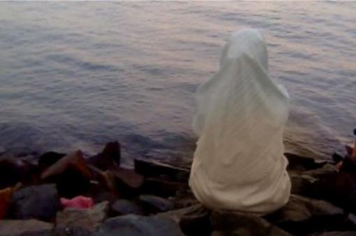 Mengharukan! Kisah Rahasia Dibalik Jilbab Adikku ( Dijamin Nangis Setelah Membaca )