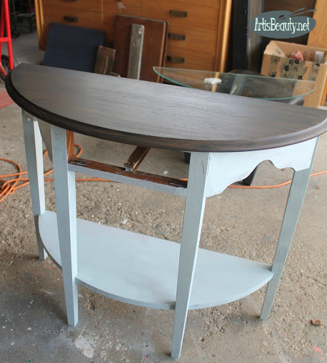 updated half round table using deco art vintage wash paint in black and chalky finish paint makeover before and after