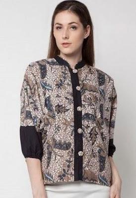 Baju atasan batik untuk pegawai bank desain simpel elegan