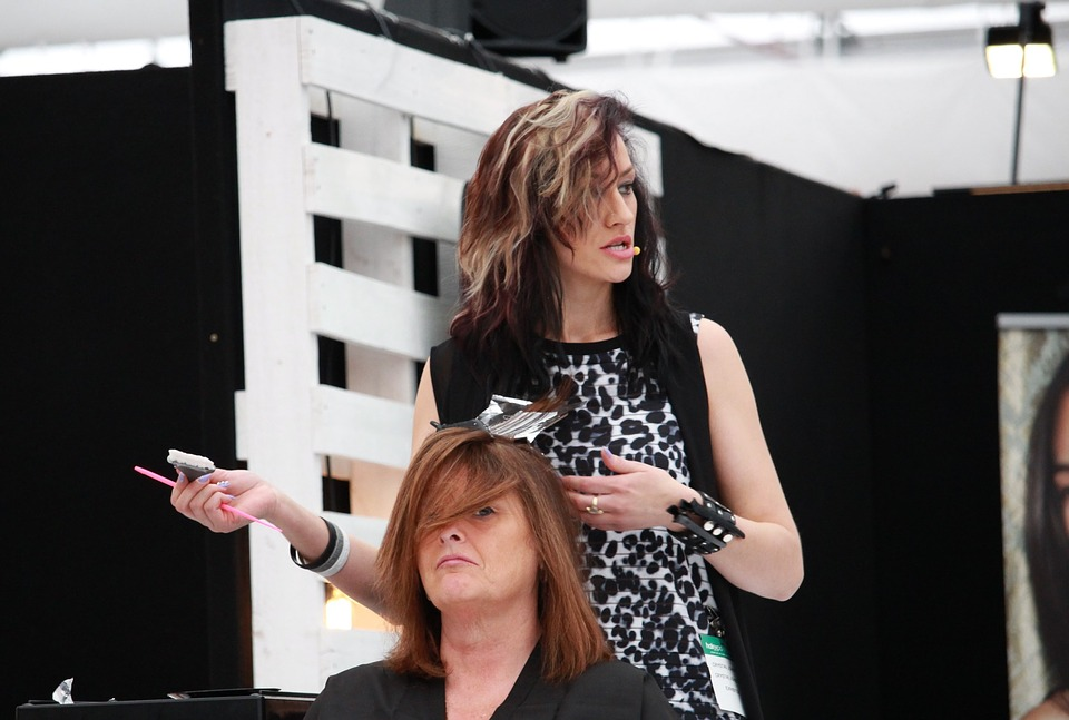 Stylist's Tips to Guarantee a Great Haircut