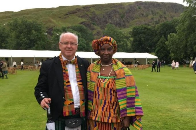 Scottish professor shares 'inspirational' post about racism – and receives heart-warming praise from interracial couples across the world