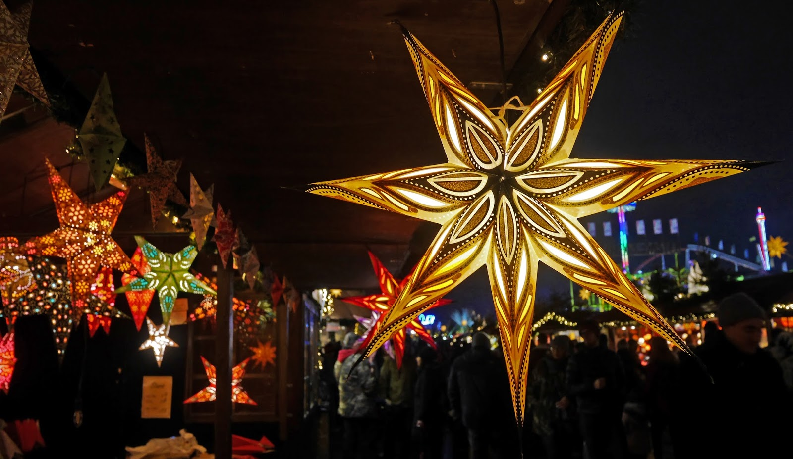 Star lanterns at Winter Wonderland