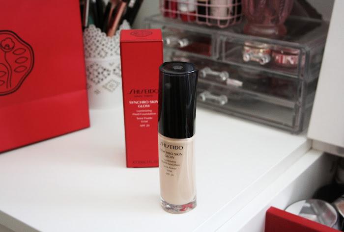 shiseido synchro skin glow review