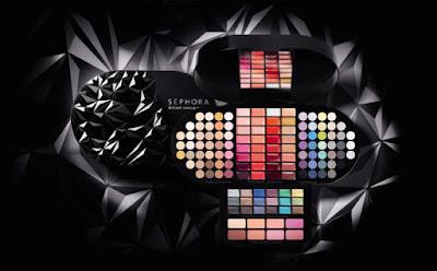 Paleta do makijażu - doskonały pomysł na prezent