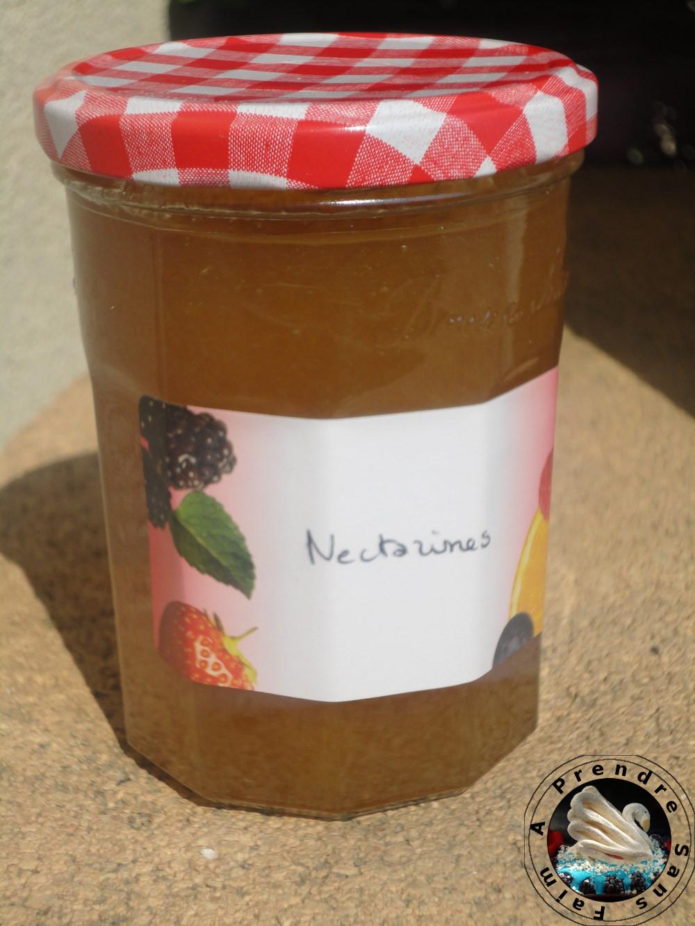 Confiture de nectarines vanillée