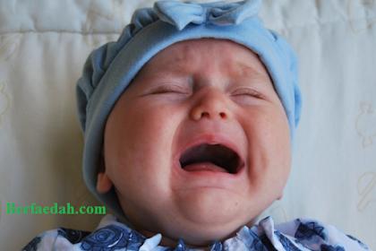 Inilah 8 Cara Mengatasi Bayi yang Rewel dengan Benar