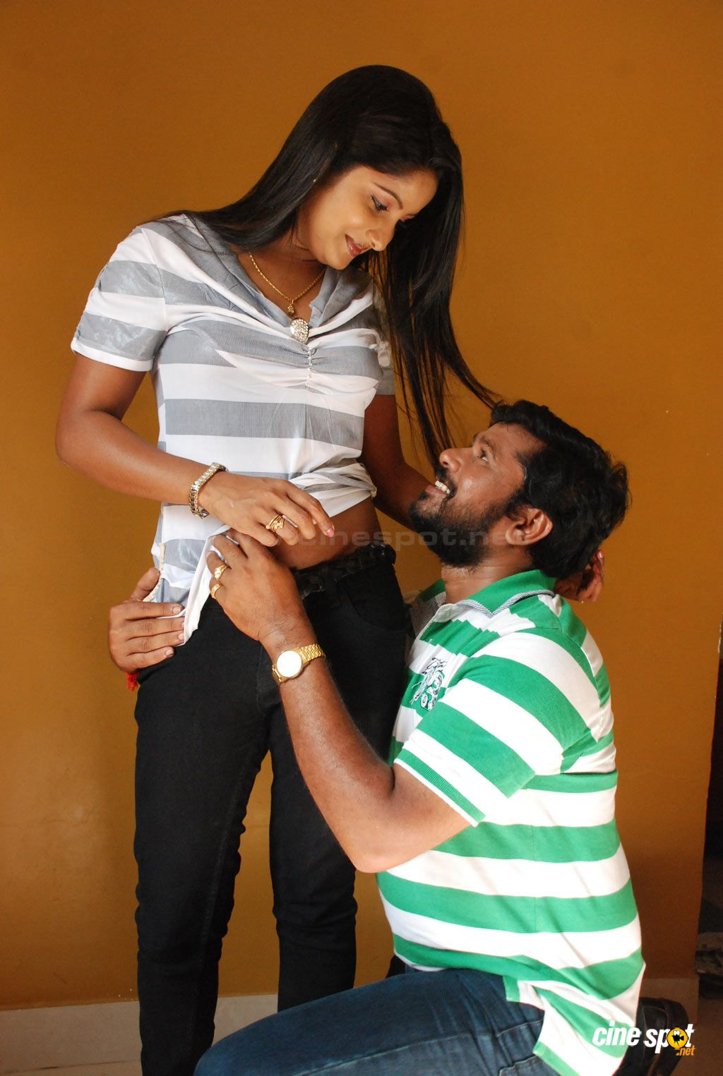 Gsv Pics - Photos With Poetry Tamil Mallu Aunty Hot -6977