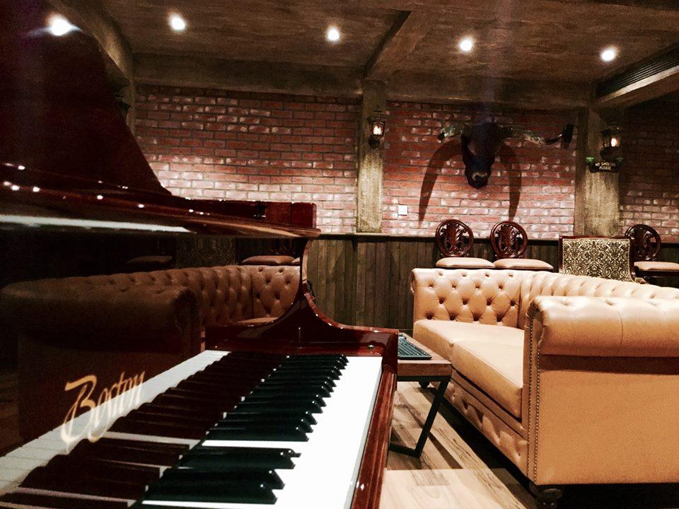 Piano Boston GP-178
