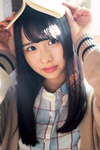 Hina Kawata 河田陽菜, Hinano Kamimura 上村ひなの, Akari Nibu 丹生明里, Young Gangan 2020 No.02 (ヤングガンガン 2020年2号)