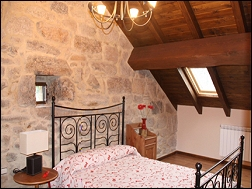 Casas completas galicia alquiler de vacaciones casa de for Alquiler de vacaciones casas con piscina