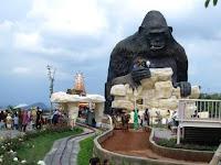 Dunia Satwa Batu Secret Zoo di Jawa Timur