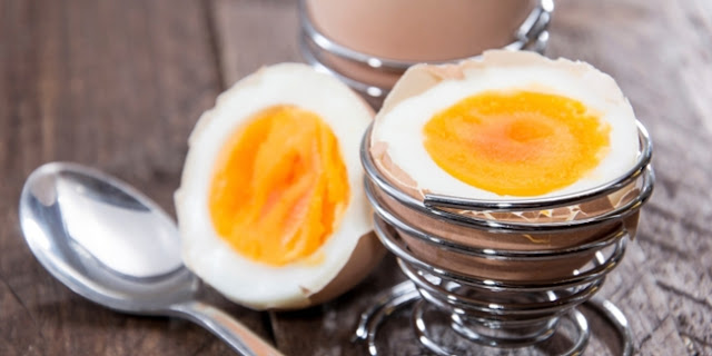 Makanan-makanan untuk Memperlancar Menstruasi