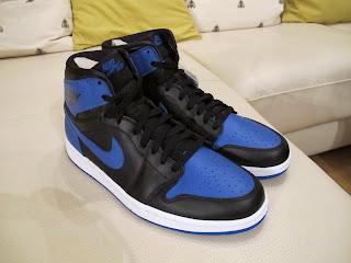3db0b752ab1f Nike Air Jordan 1 Mid - Black (554724-010)