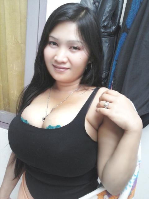Kumpulan Toket Besar Tante Rina Mulyani Di Foto-Abg.blogspot.com ...