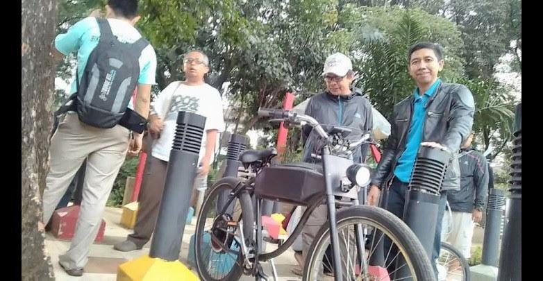 customed electric bike Handrito Yudo