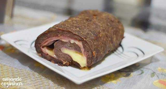 Rocambole de carne fácil com 4 ingredientes