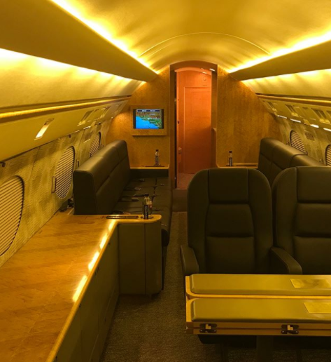 Floyd Mayweather gets a new private jet as his birthday gift
