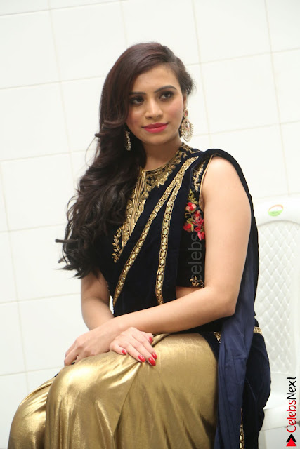 Priyanka Ramana in Beautiful Designer Black Saree At We Craft Elegance Expo Launch 005.JPG