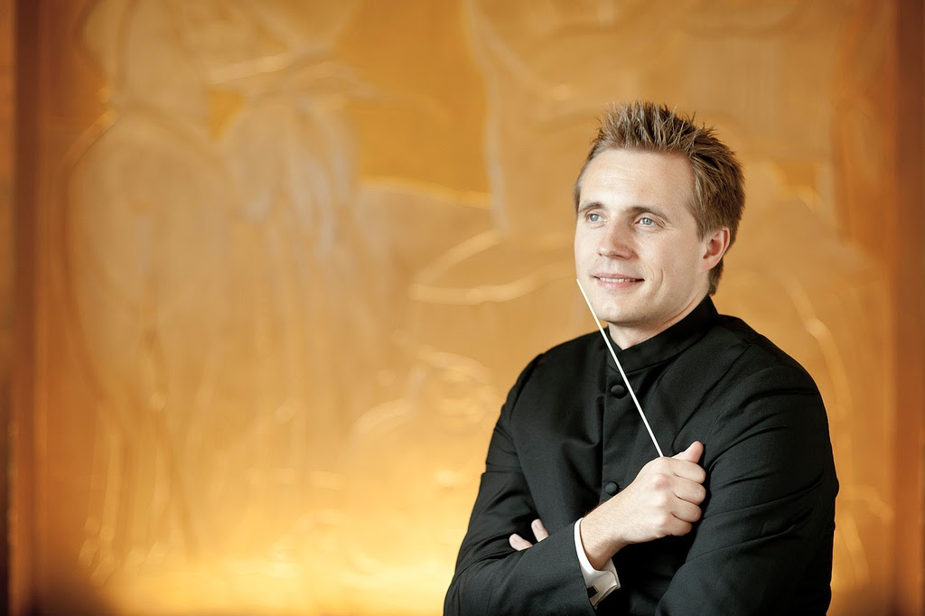 Vasily Petrenko  © Mark McNulty
