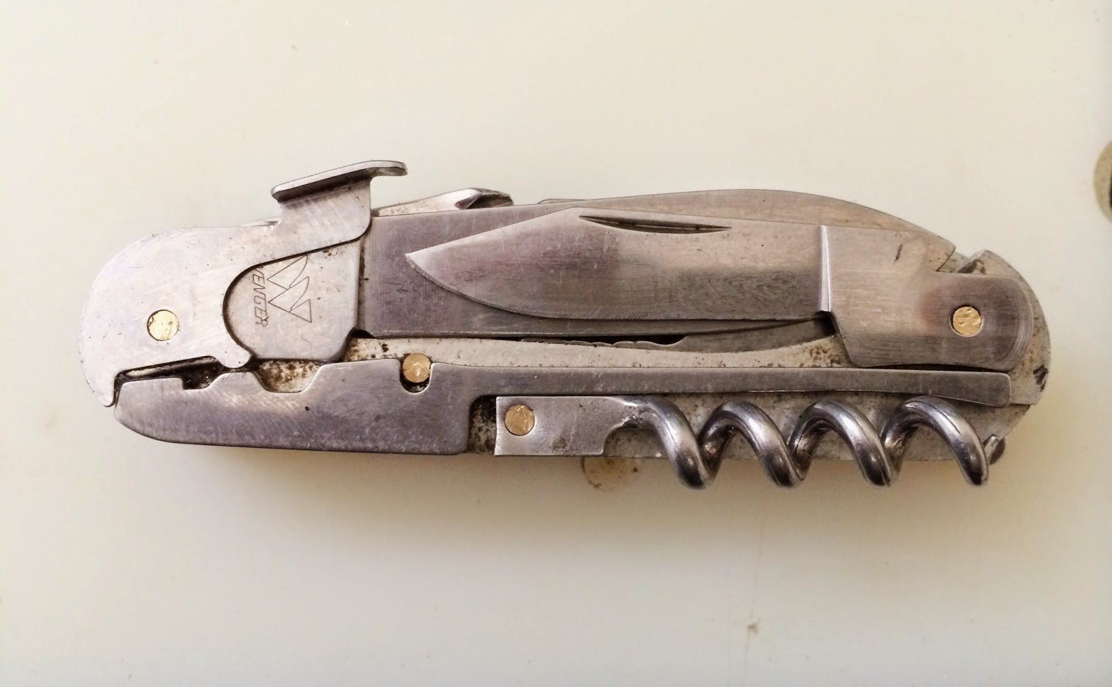 Archerwin S Swiss Army Knives Sak Deconstructed Wenger