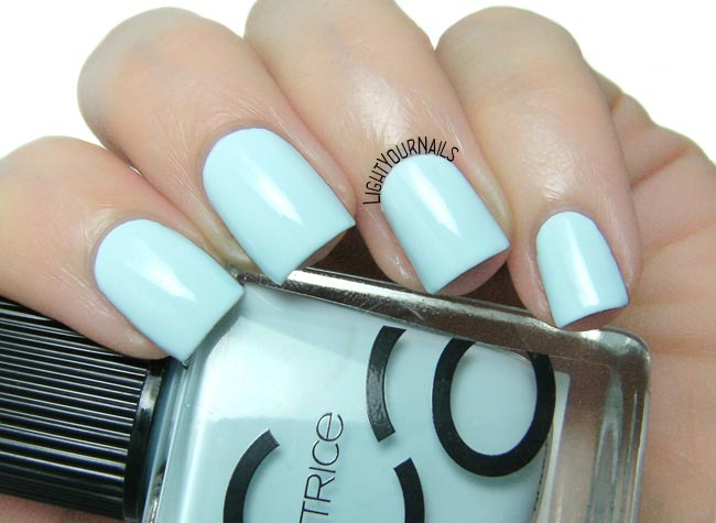 Smalto Catrice ICONails 44 I Need Vitamin SEA nail polish
