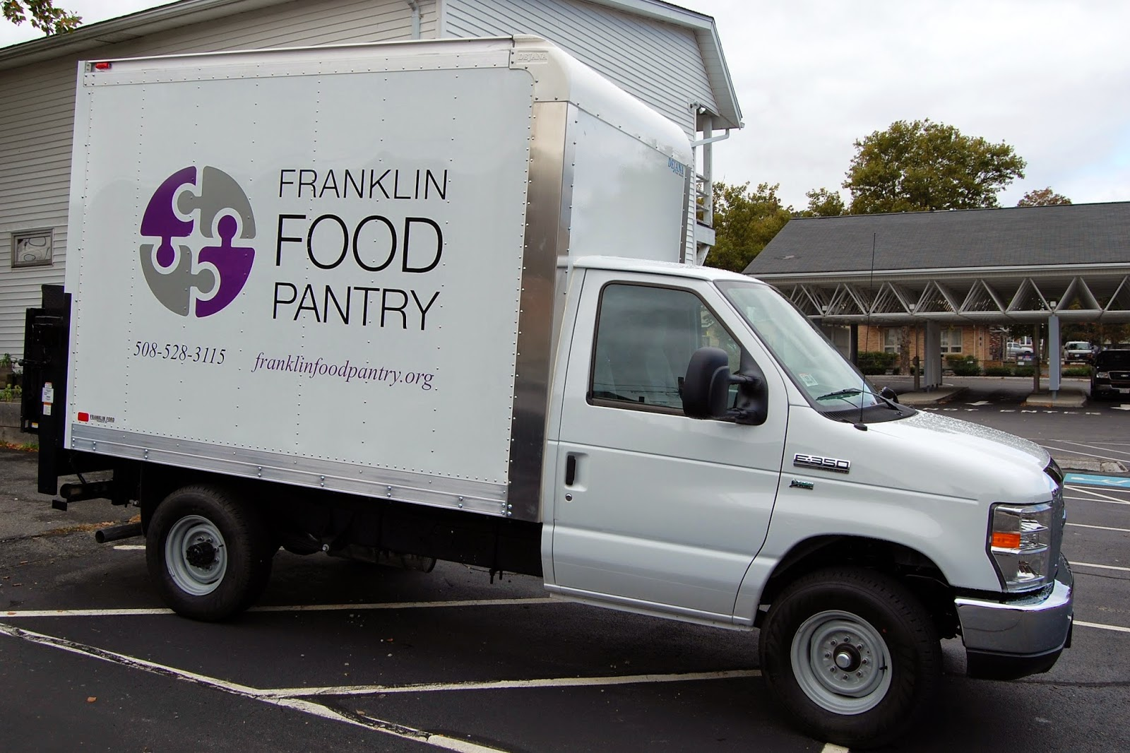 the Franklin Food Pantry's mobile pantry