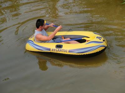 inflatable boat (boat angin) murah  dan berkualiti di lazada
