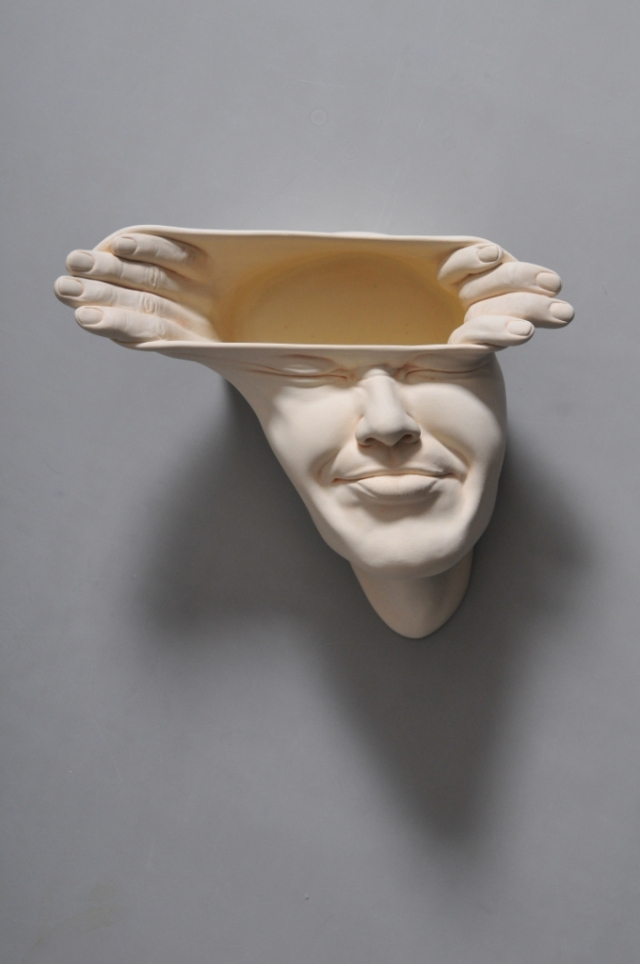 01-Johnson-Tsang-Ceramic-and-Porcelain-Faces-with-Multiple-Expressions-www-designstack-co
