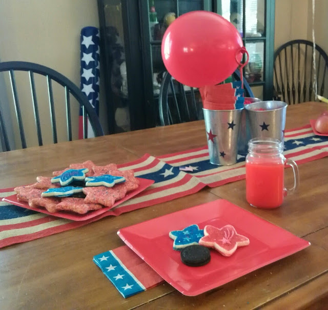 Rustic American flag burlap table runner.