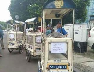Dampak #BoikotSariRoti, Penjual Sari Roti Mulai Sepi Pembeli