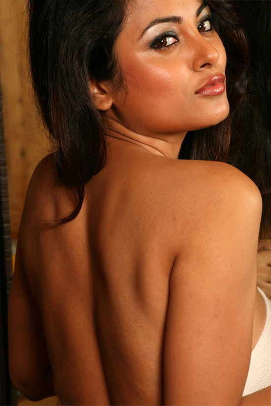 actress topless tamil