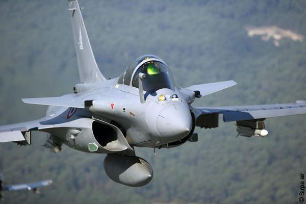 Typhoon VS Rafale en Dogfight : Le F22 comme arbitre  - Le Portail