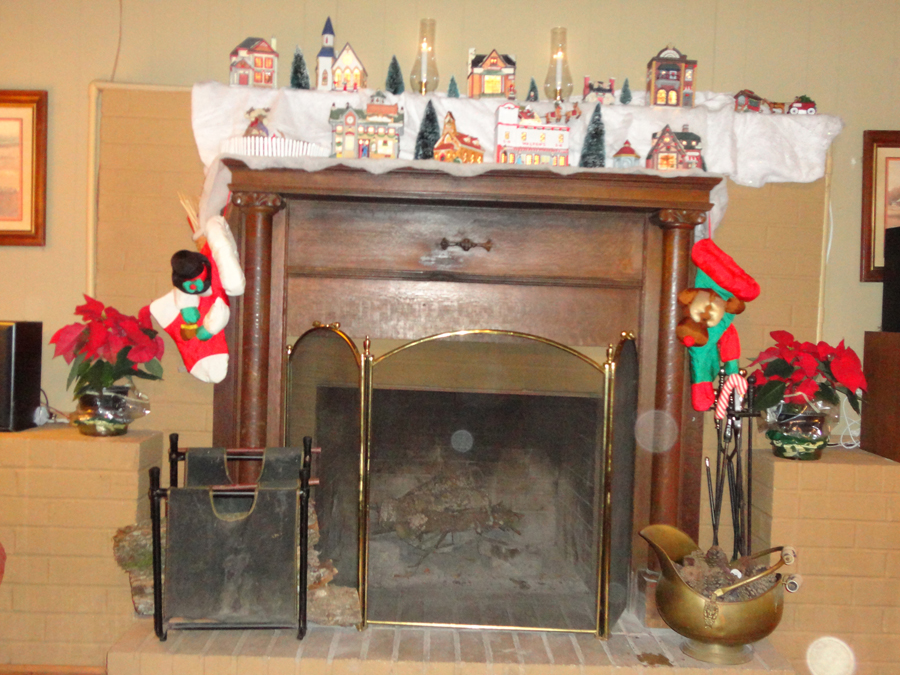 I See Dead People: New Ghost and Fireplace Orbs