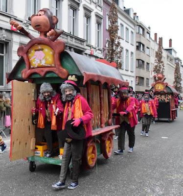 https://carnavalaalstkoentje.blogspot.be/2017/05/aalst-carnaval-2018-welkom-aan-akv.html
