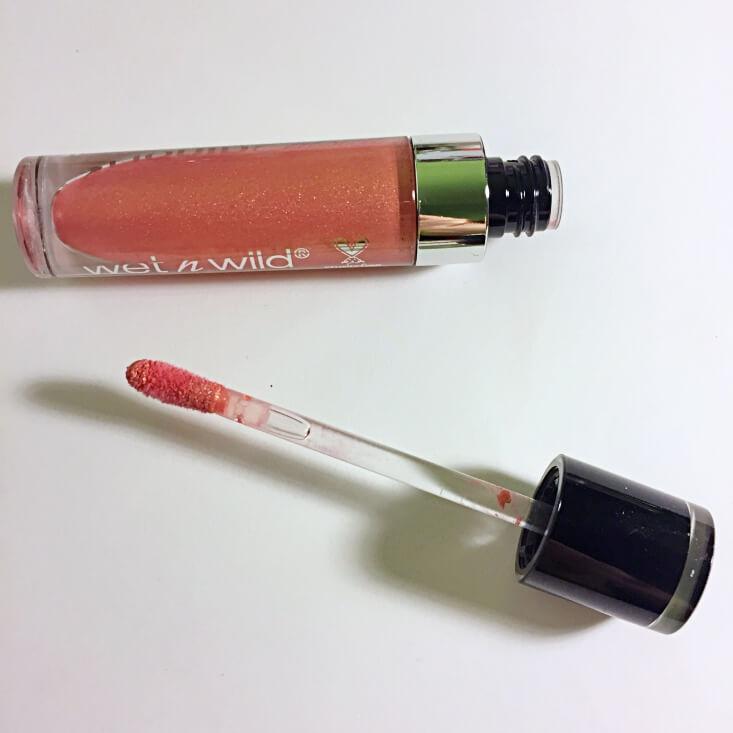 wet n wild megalast Liquid Catsuit Metallic Lipstick Bali In Love