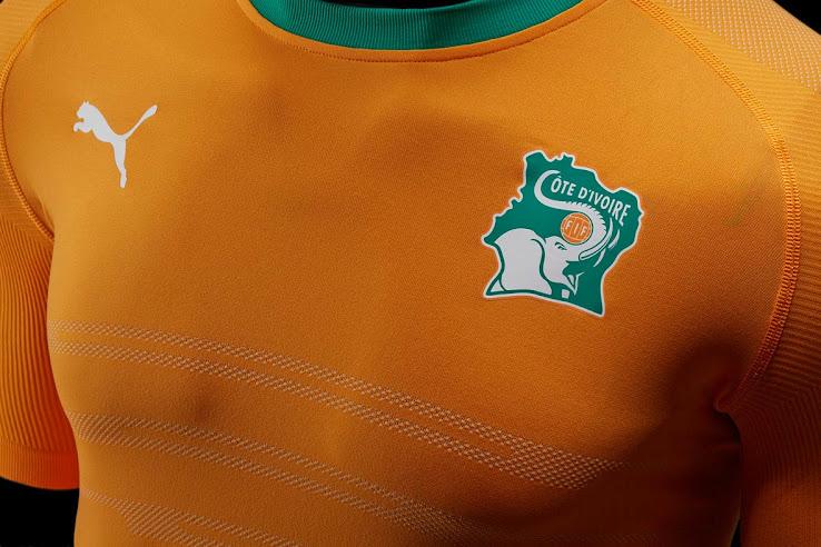 Nueva camiseta titular Puma de Costa de Marfil