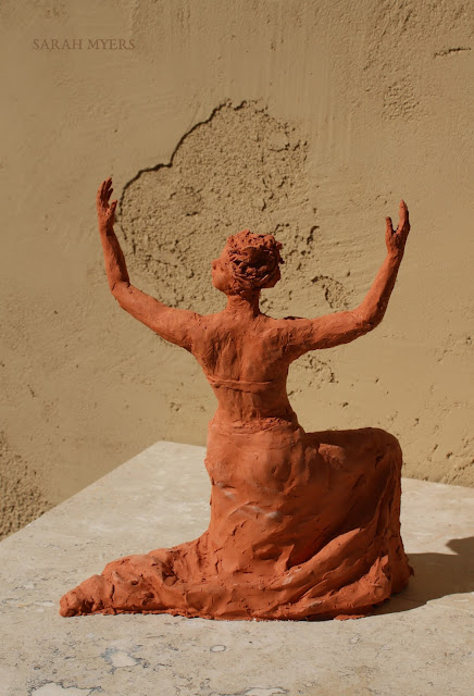 sculpture, terracotta, kneeling, woman, sarah, myers, red, clay, dance, figure, arte, escultura, figurative, classic, human, lady, poise, earthenware, orange, flowers, back