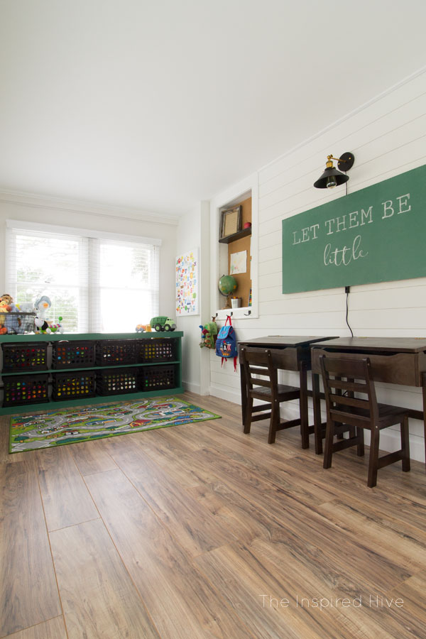 Ideas for a vintage modern schoolhouse themed playroom. Perfect kid's space for a modern farmhouse style home!